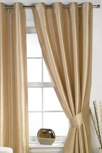 Handmade Curtains by Tidmarsh Blinds